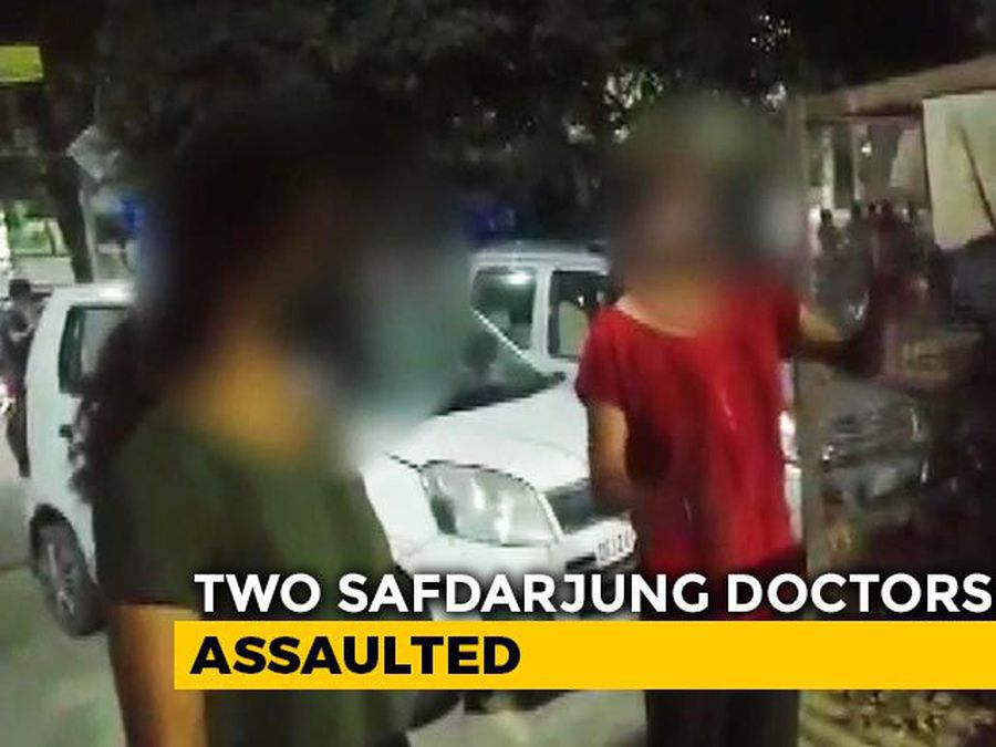 2 Doctors Of Delhi's Safdarjung Hospital, Out To Buy Groceries, Assaulted