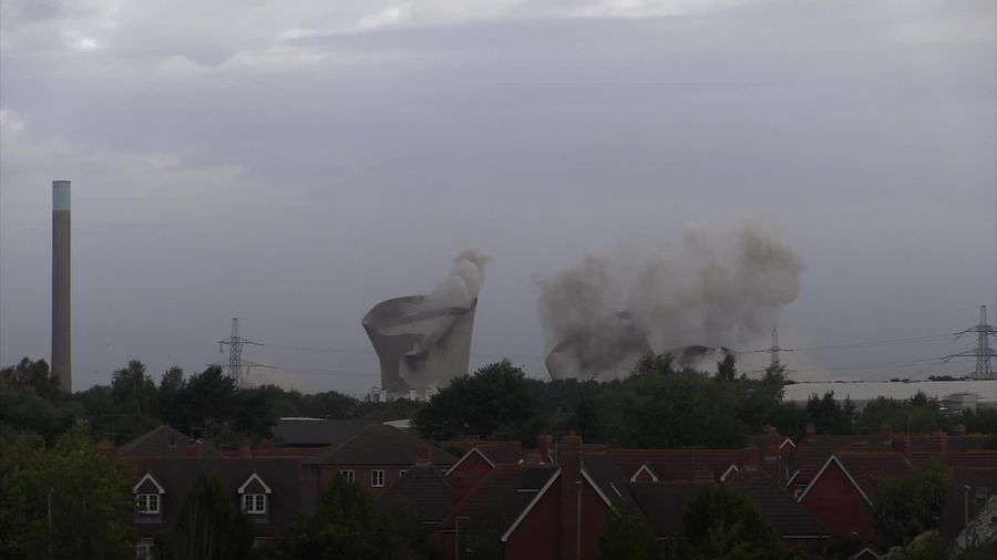 Didcot power station demolished