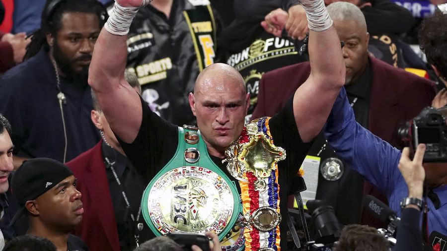Fury produces stunning fight to stop Wilder and win WBC world heavyweight title
