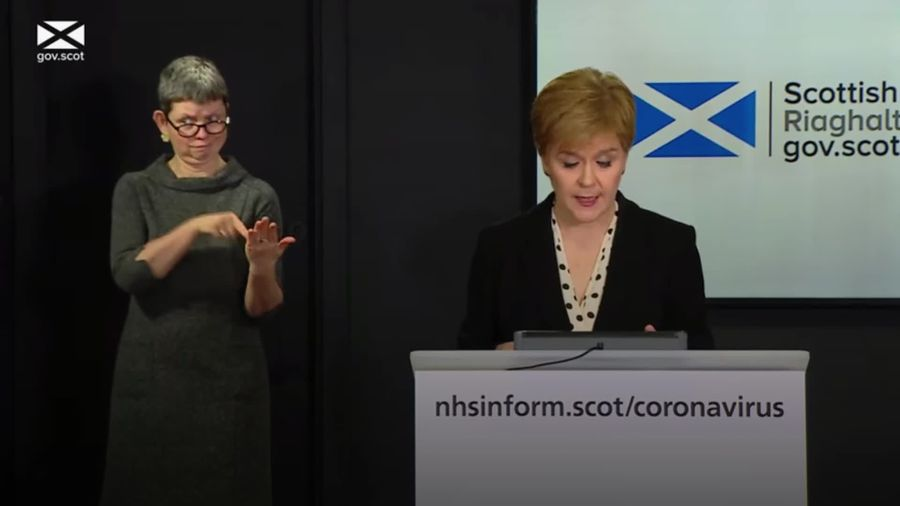 Nicola Sturgeon: Scotland's chief medical officer wrong to visit second home