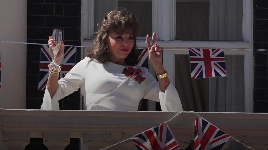 Dame Joan Collins leads the Nation's Toast