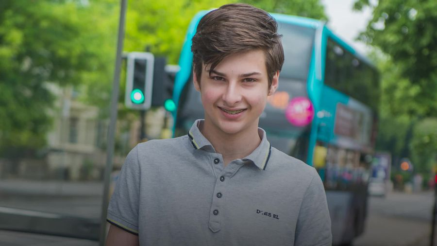 Teenage entrepreneur launches wearable tech to tackle Covid-19 transmissions from face touching