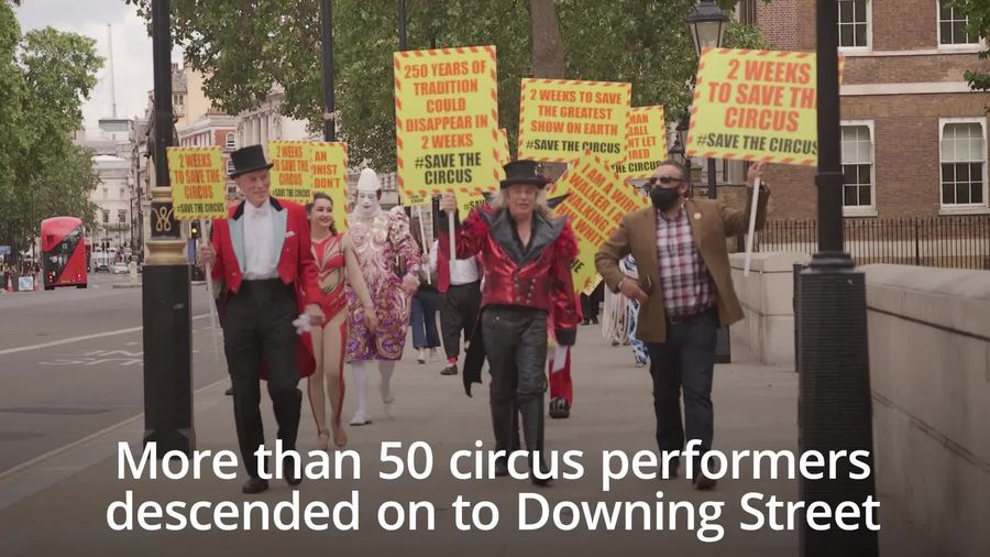 Circus performers deliver letter calling to reopen in summer