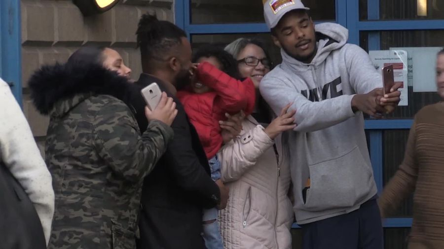Ex-JLS star Oritse Williams poses for selfies with fans after denying rape charge