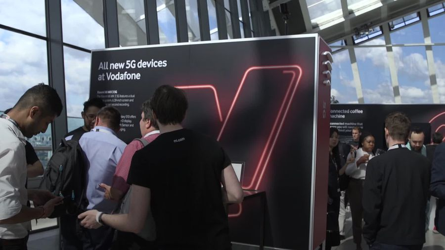 Vodafone switches on 5G network