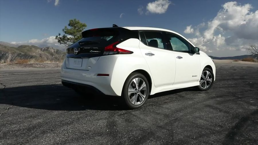 Electric company car tax to drop for 2020