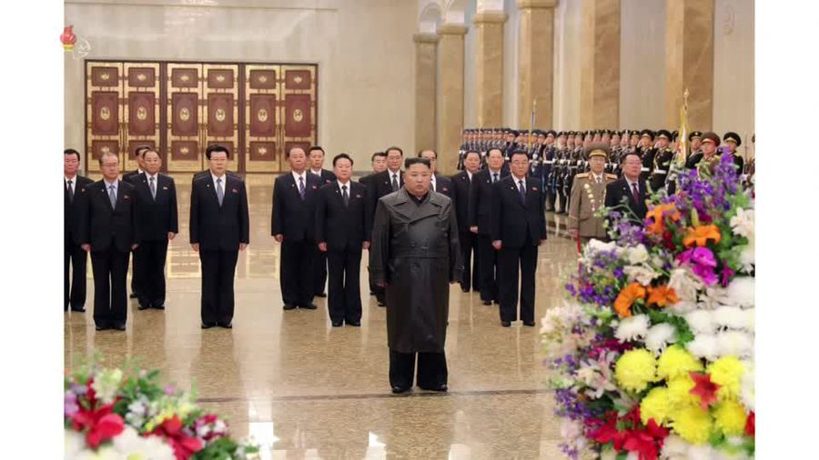 Kim Jong Un makes first public appearance in weeks