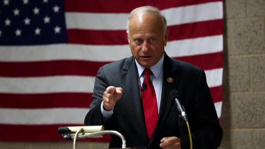Controversial lawmaker Steve King ousted in primary