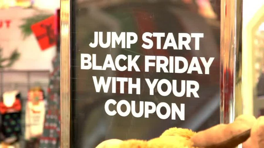 Retailers prepare for holiday shopping
