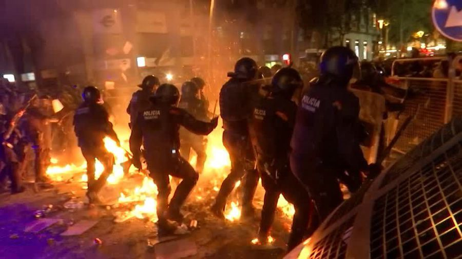 Flames in Barcelona after Catalan leaders jailed