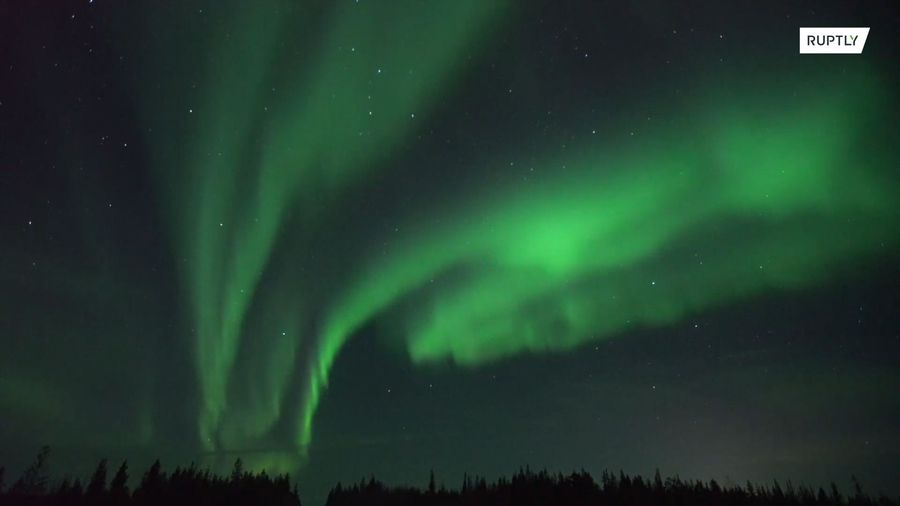 Murmansk skies offer spectacular view of the Northern Lights