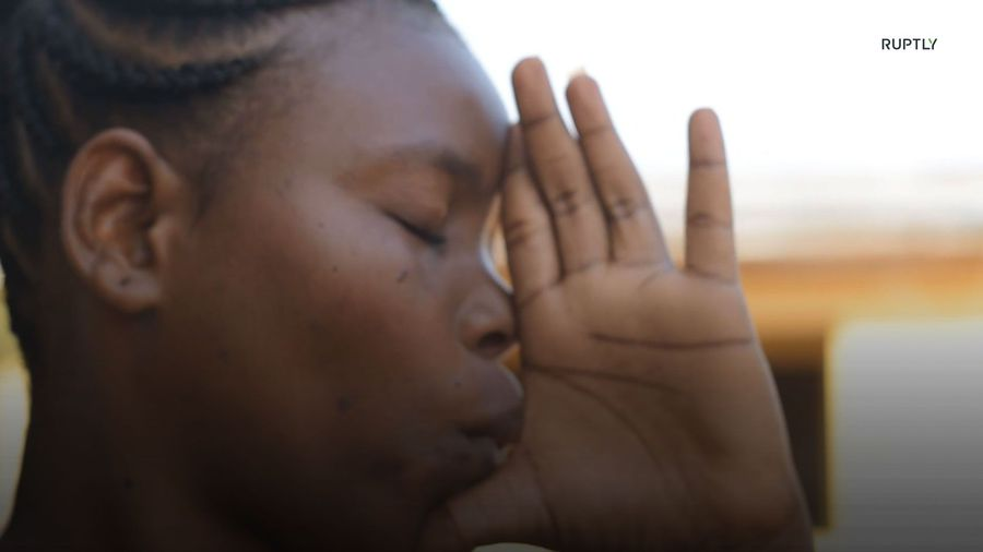 The next Coltrane? Ghanaian woman mimics saxophone with hands and lips