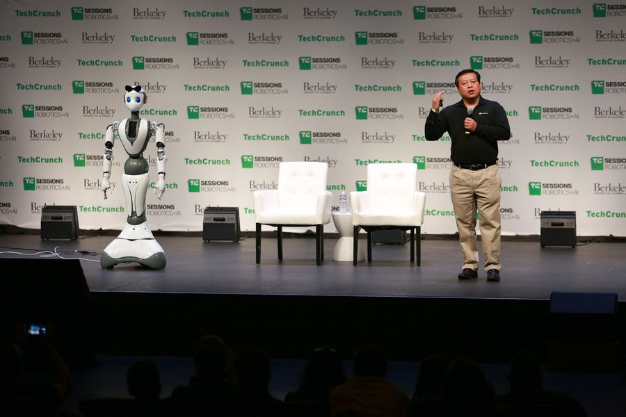 INNOVATION BREAK: XR1: Intelligent Service Robot with Cloud Brain and Smart Joint with Bill Huang (C