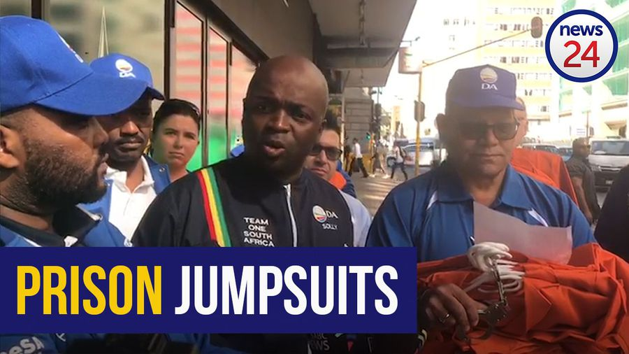 WATCH: DA delivers prison uniforms, handcuffs to ANC headquarters