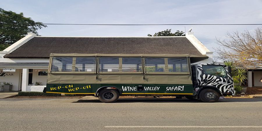Take a hop-on, hop-off wine safari through the Robertson Wine Valley