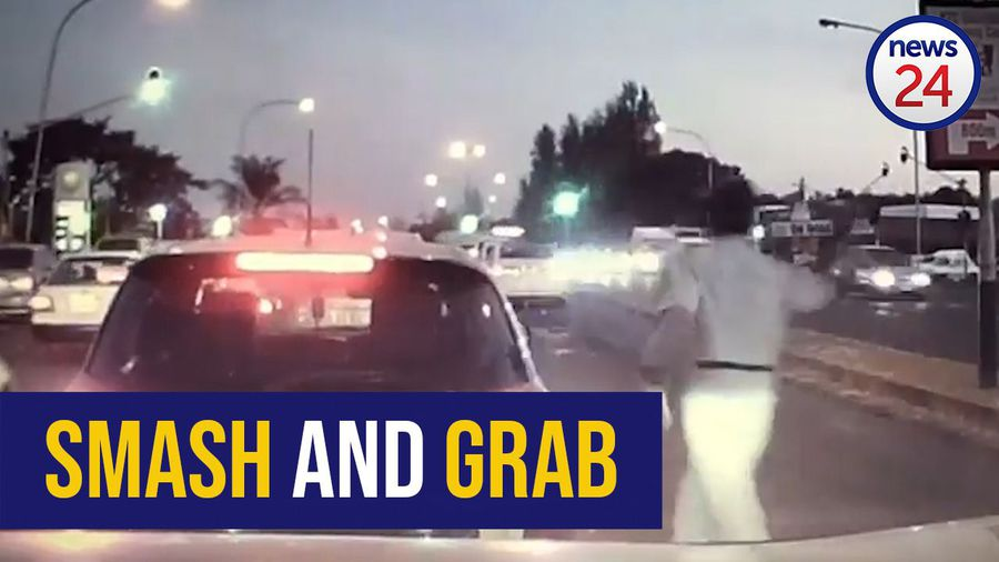 WATCH: Cellphone snatched in Kliprivier road smash and grab