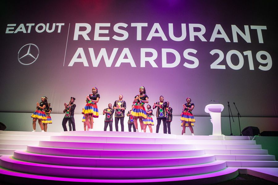 WATCH: Ndlovu Youth Choir's performances at The Mercedes Benz Eat Out Awards gave us goosebumps!