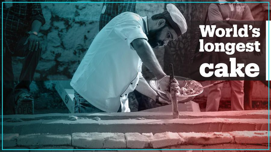 Bakers in India make world's longest c