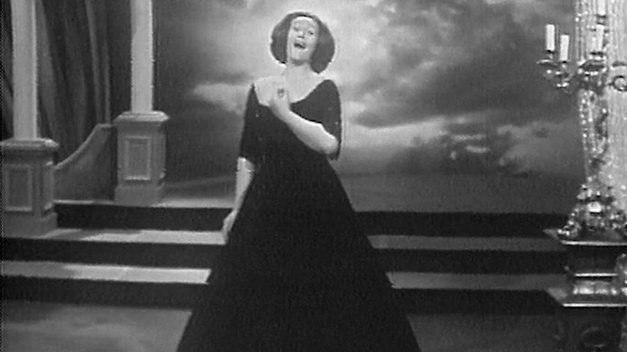 Joan Sutherland in Performance