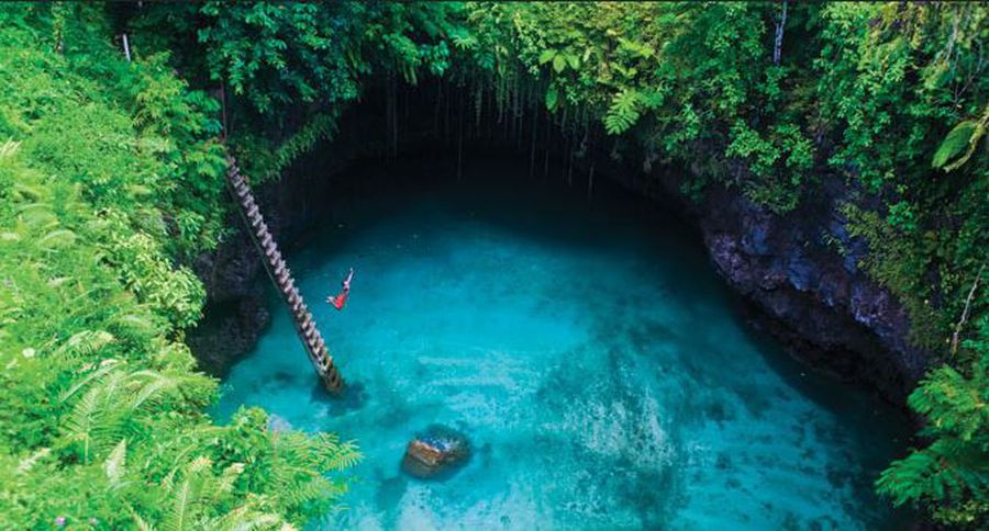 We Found The Most Jaw-Dropping Cave Pools On A Beautiful Samoan Island!