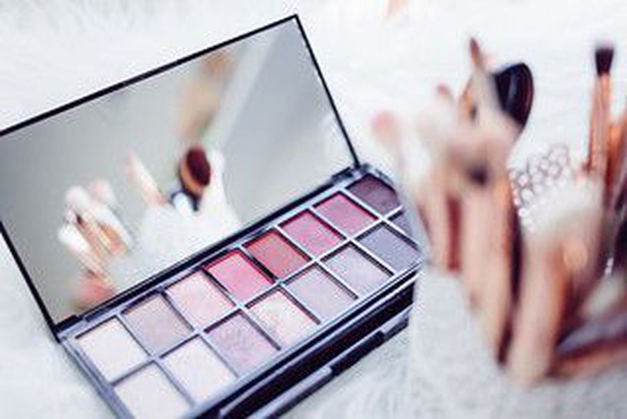 Top 5 Aussie Makeup Brands