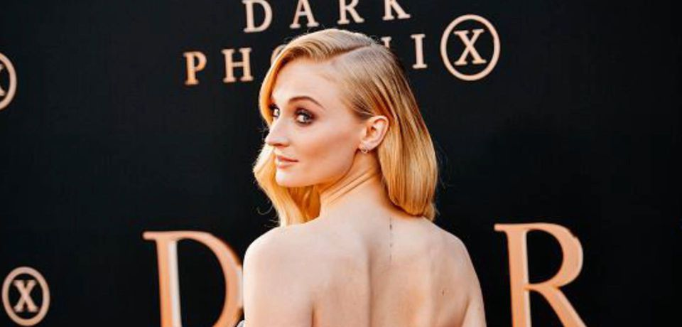 Sophie Turner demands an end to bottle cap challenge