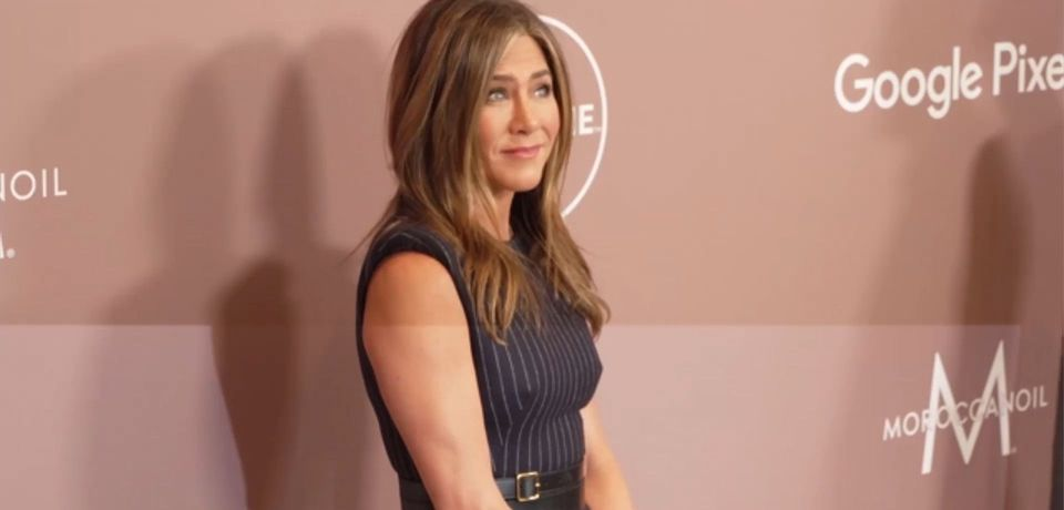 Jennifer Aniston jokes she'll 'pay for' Instagram glitch