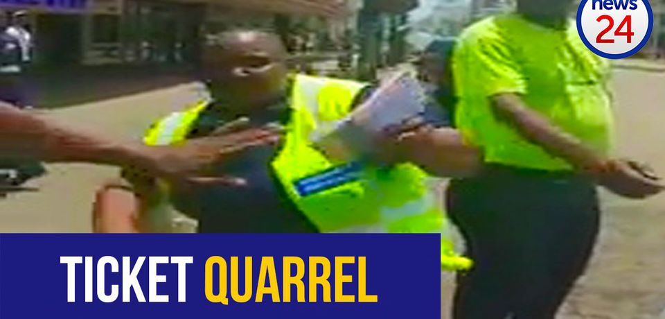 WATCH: Durban metro police officer charges at motorist