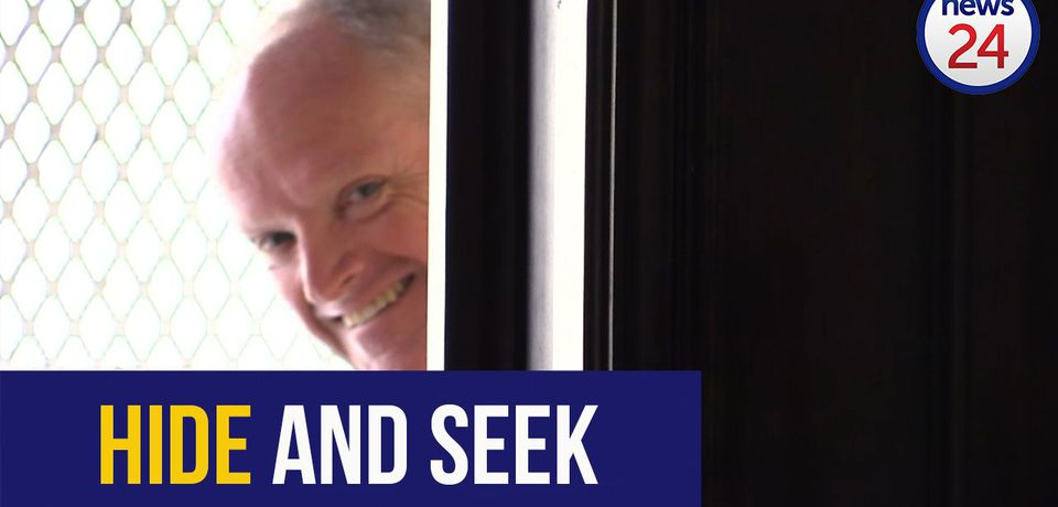 WATCH: Packham plays hide and seek in court