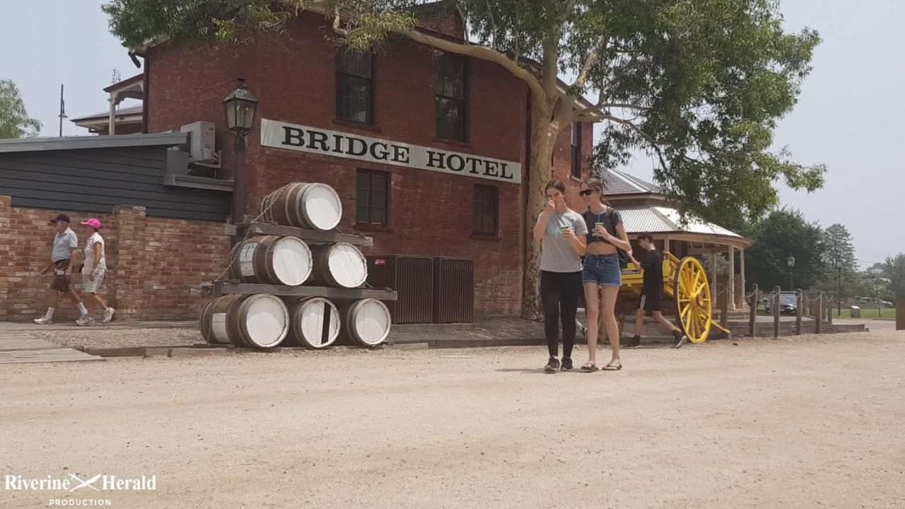 Mal Whyte's Port of Echuca