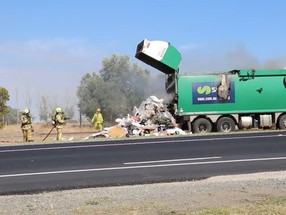 CrimeWatch Victoria - Mooroopna Garbage Truck Fire